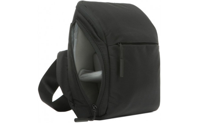 Incase Point and Shoot Field Bag-4