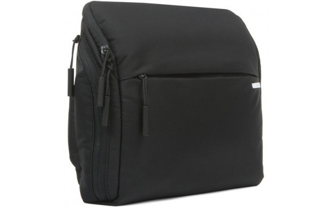 Incase Point and Shoot Field Bag-1